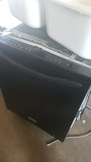Frigidaire gallery 24 inch Dishwasher for Sale in York, PA