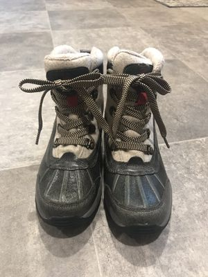 Winter Boots Size 6 for Sale in Portland, OR