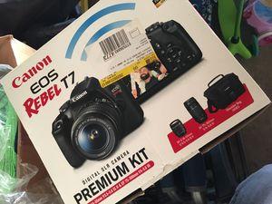 Canon Rebel T7 for Sale in Riverside, CA
