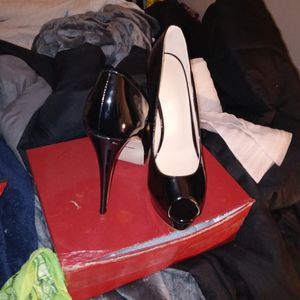 Merumote Black Stiletto Heel for Sale in Modesto, CA