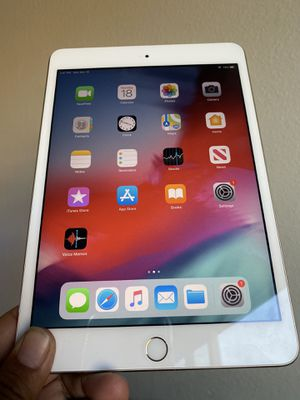 64GB Apple IPad Mini 3 (Retina Display / Touch ID/ IOS 12) with Bluetooth keyboard and Accessories for Sale in El Monte, CA