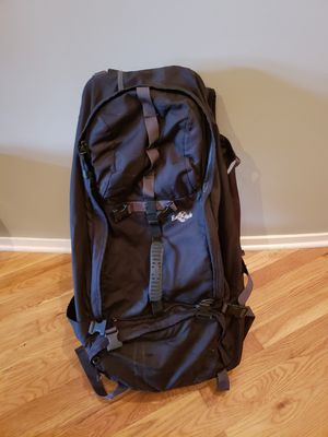 Eaglecreek travel bag /backpack with waist straps for Sale in Chicago, IL