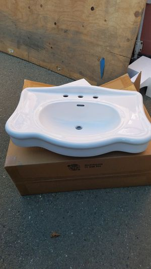 Sinks and toilet bottoms for Sale in San Lorenzo, CA