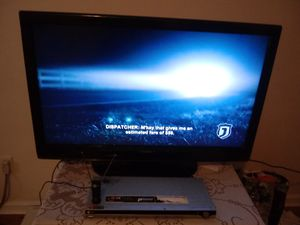 I have a 40 inch Dynex flat screen TV also comes with a DVD player for Sale in Niles, MI