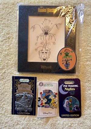 Disneyland - Random Disney Pins for Sale in La Habra Heights, CA