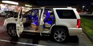 PARTS PARTS ESCALADE CLEAN for Sale in Tacoma, WA