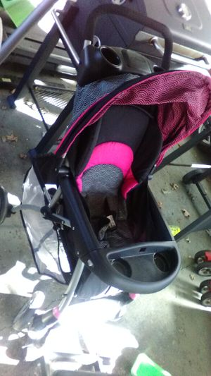 Car seat a and strollers for Sale in US