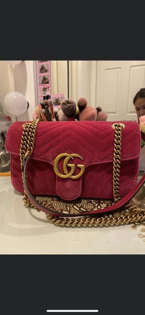 Gucci morning velvet dark pink for Sale in Garden Grove, CA