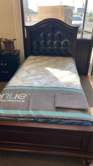 Twin bed frame with trundle for Sale in Fresno, CA
