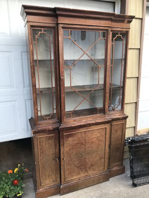 Antique China cabinet for Sale in Keizer, OR