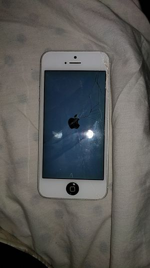 Iphone 5 for Sale in Palmdale, CA