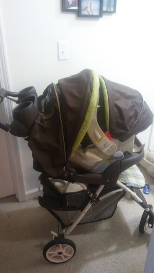 carseat, base & stroller for Sale in Nashville, TN