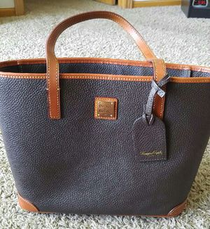Dooney hand bag for Sale in Grand Island, NE