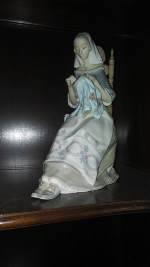 Lladro porcelain figurine for Sale in San Bernardino, CA