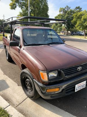 1996 Toyota Tacoma Standard 5 Speed for Sale in Burbank, CA