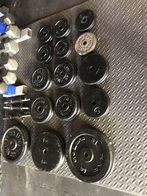 """487 lb of weights 1"""" standard size for Sale in Seymour, CT"""