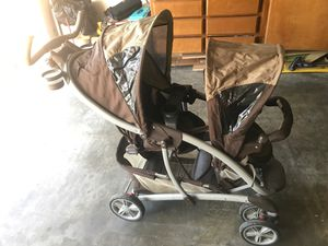Double stroller Graco for Sale in Hacienda Heights, CA