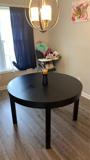 Extentible Table ( IKEA ) for Sale in Richlands, NC