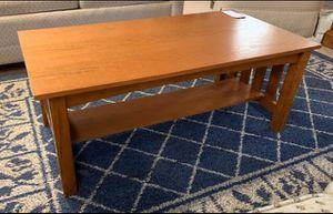 Oak Rectangle Coffee Table w Shelf for Sale in Lehighton, PA