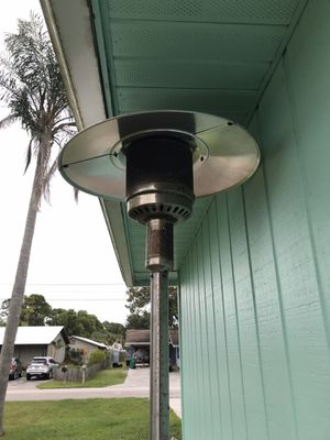 Outdoor heater. Just needs propane tank. Works well. for Sale in Fort Pierce, FL