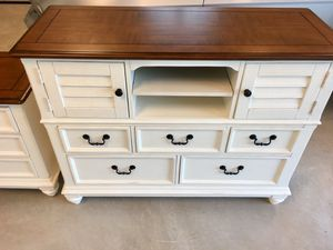 Bedroom Furniture for Sale in Sims, NC
