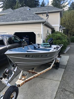 Deep hull aluminium fishing boat for Sale in Puyallup, WA