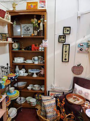 Pyrex, Autumn Decor, Fiesta, Furniture for Sale in Winter Haven, FL