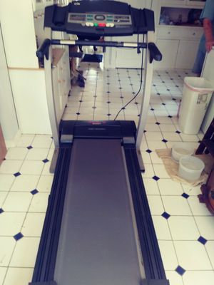 Treadmill for Sale in St. Louis, MO