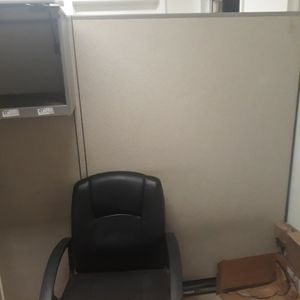 Office Cubical Walls Free Come And Pickup for Sale in Fort Lauderdale, FL