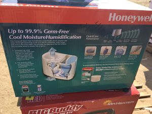 Honeywell humidifier for Sale in Kingsburg, CA