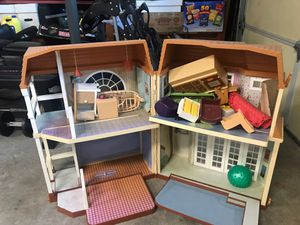 Doll house for Sale in Cotati, CA
