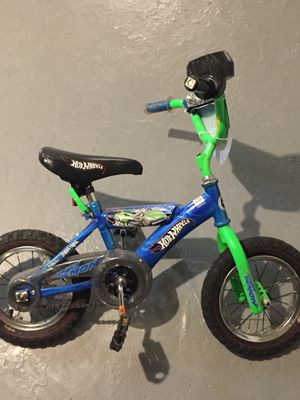 """16"""""""" Hot Wheels Kids Bike for Sale in Baltimore, MD"""
