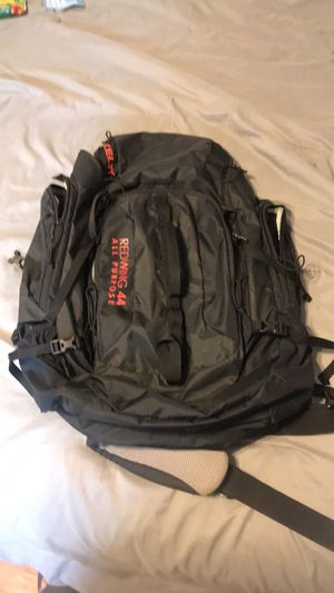 Kelty 44L hiking/camping backpack for Sale in Chicago, IL