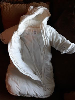 Infant Winter coat for car seat for Sale in Pilot Point, TX