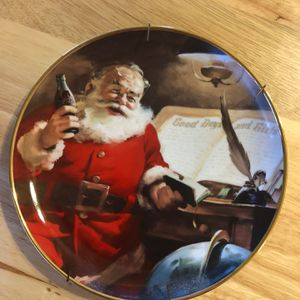 """""""Making A List"""" Coca Cola Collector Plate #HA9884 for Sale in Frostproof, FL"""