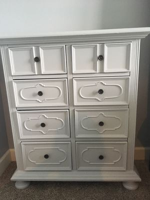 Small 8 drawer hutch for Sale in Traverse City, MI