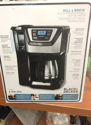 Black & Decker mill and brew 12 cup programmable coffee maker for Sale in Cahokia, IL