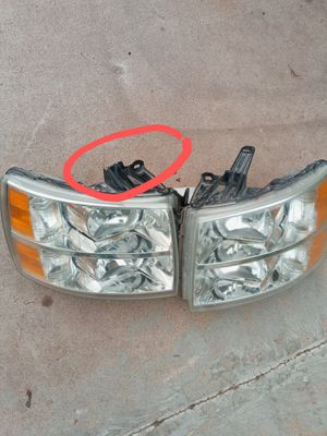 Chevy Silverado headlights (2007 to 2013) for Sale in Glendale, AZ