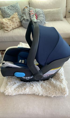 COMPLETELY NEW UPPAbaby Mesa car seat for Sale in San Diego, CA