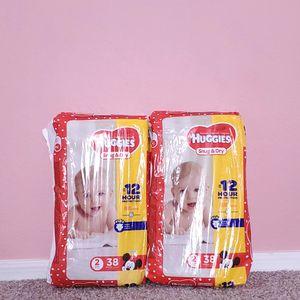 Huggies snug & dry diapers size 2 for Sale in Phoenix, AZ