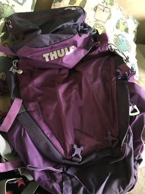 Thule women's backpack 50L for Sale in Vancouver, WA