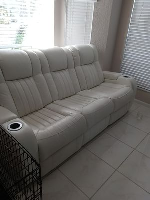 Beautiful Leather White Couch for Sale in Boynton Beach, FL
