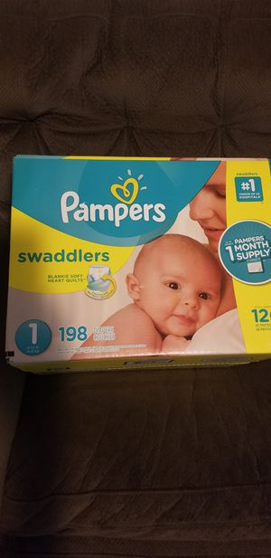 Pampers swaddlers size 1 198 daipers $40 for Sale in Los Angeles, CA
