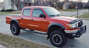 Sell my. 2004 Toyota Tacoma 4WDWheelss Clean for Sale in Los Angeles, CA