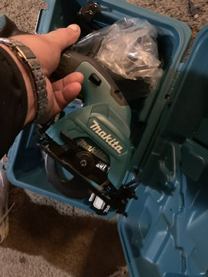 Baby skill whit battery and charger for Sale in Lompoc, CA