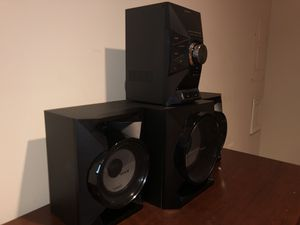 Sony 4 piece stereo sound system with subwoofer. for Sale in Gaithersburg, MD
