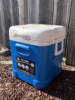 Cooler for Sale in Union City,  CA