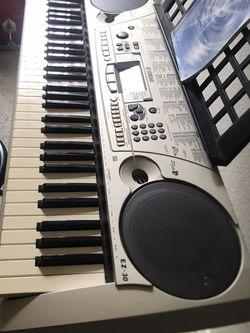 Keyboard Yamaha EZ30 for Sale in Orlando,  FL