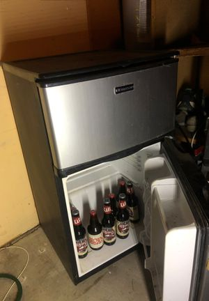 mini fridge for Sale in San Diego, CA