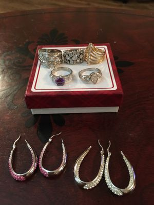 COSTUME JEWELRY for Sale in Memphis, TN